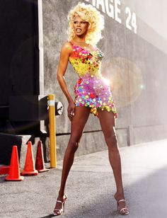RuPaul... For a man to look this AMAZING in a dress and heels.... Just not fair!! Look at those legs!