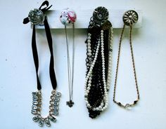 DIY Necklace  : DIY Door Knob Jewelry Organizer |