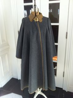 Reserved for Saffron Bonnie Cashin Coat for SILLS - grey flannel & leather trim Bonnie Cashin, Grey Flannel, Vintage Classics, Swing Coats, Old And New, Balenciaga, 1960s, Sportswear, Vintage Fashion