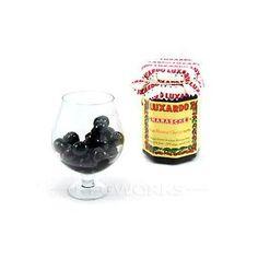 italian maraschino cherries for the perfect manhattan