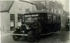 Bus Brok 1929 in Hengelo of Borne ? Vintage Photos, Holland, Chevy, Antique Cars, Buses, Vehicles, The Nederlands, Vintage Cars, Old Photos