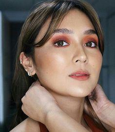 Kathryn Bernardo Hairstyle, Kathryn Bernardo Outfits, Filipina Makeup, Filipina Actress, Ear Peircings, Piercings, Makeup Eye Looks, Beauty Makeup, Eye Makeup