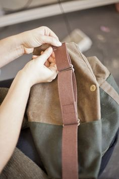 How to make messenger strap for backpack