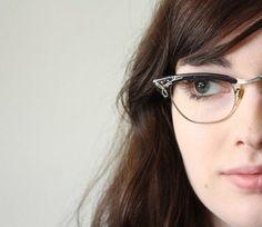 Glasses: Glasses. I wonder how it would look like on me^^ #glasses #retro #vintage