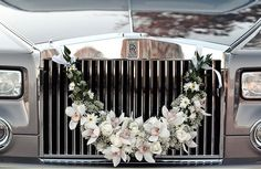 wedding car decoration In deep tones, this is the ticket.