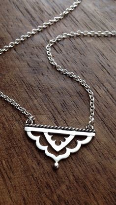 Meharaba necklace - sterling silver Indian arch triangle pendant - indian necklace - boho necklace - dainty necklace - feminine - moroccan