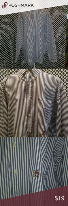 Mens vintage Tommy Hilfiger button down 90s =Tommy Hilfiger  This shirt is everything and it's brand new meaning never worn but circa 95 Tommy Hilfiger Shirts Casual Button Down Shirts