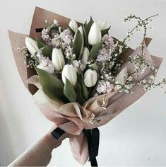 "Flowers 🌺 on Twitter: ""… "" Purple Tulips, White Tulips, White Tulip Bouquet, Yellow Bouquets, Purple Yellow, Tulips Garden, Planting Flowers, Amazing Flowers, Beautiful Flowers"