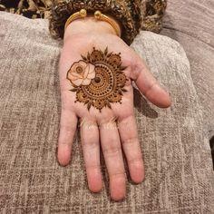 Mehndi Designs For Kids, Rose Mehndi Designs, Latest Bridal Mehndi Designs, Full Hand Mehndi Designs, Modern Mehndi Designs, Mehndi Designs For Beginners, Wedding Mehndi Designs, Mehndi Designs For Fingers, Dulhan Mehndi Designs