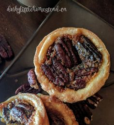 Butter Tarts are a classic Canadian treat, made with buttery flaky crust, and maple pecan filling. Recipe For Sweet Dough, Pie Dough Recipe, Buttery Flaky Crust, Flaky Pastry, Butter Tarts, Roasted Pecans, Maple Pecan, Sweet Pie