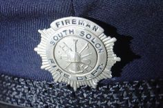 Vtg-Obsolete-Fireman-Firefighter-Hat-Badge-South-Solon-Ohio-Small-Town-Fire-Dept