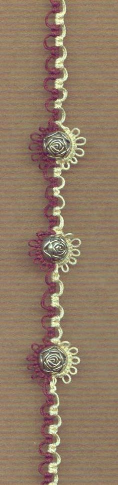 Pearl Tatted Bracelet... What if I put something on the loops between chains?? Hmm... I think I like this one..