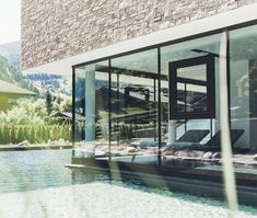 Wellnesshotel mit großer Badelandschaft in Salzburg | Hotel Nesslerhof Das Hotel, Spa Day, Spas, Home Decor, Winter Vacations, Summer Vacations, Bathing, Deco