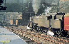 Liverpool Docks, Liverpool History, Diesel Locomotive, Steam Locomotive, Disused Stations, British Rail, Train Pictures, Steam Engine, Great British