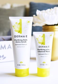 I love brands that are committed to health, well-being and the natural environment. DERMA-E is an effective eco-ethical skin care line that produces quality Charcoal Face Scrub, Charcoal Mask Benefits, Charcoal Mask Peel, Free Makeup Samples, Free Samples, Lemon Face Scrubs, Face Care Routine, Face Scrub Homemade, Skin Brightening