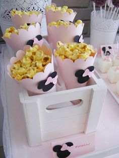Popcorn filled Favor Cones from a Minnie Mouse Birthday Party via Kara's Party Ideas | KarasPartyIdeas.com (13)                                                                                                                                                      Más
