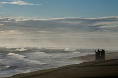 Easterly winds creating mighty waves at Keiss www.meyhouse.co.uk