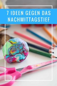 When children are completely exhausted after the daycare. 7 tips, which helps against it - Ideas Diy Crafts Kids And Parenting, Parenting Hacks, Diy Crafts To Do, Baby Co, Baby Kind, Kids Playing, Holiday Crafts, Activities For Kids, Icing