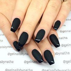 French manicure acrylic nails glitter black 61 ideas for 2019 French Nails Glitter, French Manicure Acrylic Nails, French Manicure Designs, Matte Nails, Acrylic Nail Designs, Pink Nails, French Manicures, Black Glitter, Chevron Nails