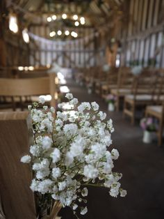 Some fantastically pure flowers @GateStreetBarn