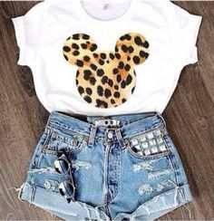 Mickey mouse head leopard print t shirt tee disney  ec64014029be5