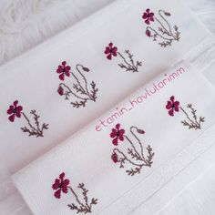 1 million+ Stunning Free Images to Use Anywhere Cross Stitch Rose, Beaded Cross Stitch, Cross Stitch Flowers, Cross Stitch Embroidery, Rock Crafts, Diy And Crafts, Cross Stitch Designs, Cross Stitch Patterns, Palestinian Embroidery