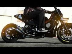 Yamaha TMAX Hyper Modified by Roland Sands