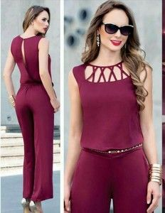 Swans Style is the top online fashion store for women. Shop sexy club dresses, jeans, shoes, bodysuits, skirts and more. Fashion Sewing, Girl Fashion, Elegante Shorts, Dress Outfits, Fashion Dresses, Neck Designs For Suits, Outfit Trends, Pinterest Fashion, Jumpsuits For Women