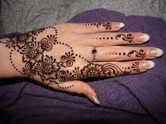 New Floral Mehndi Designs for Hands and Feet 2016 | BestStylo.com