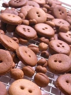 Button Cookie