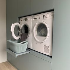Mudroom Laundry Room, Laundry Room Design, Laundry In Bathroom, Laundry Room Organization, Small House Interior Design, House Design, Walk In Closet Inspiration, Washing Machine In Kitchen, Build My Own House