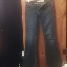 Selling this EUC Abercrombie & Fitch Perfect Stretch Blue Jean in my Poshmark closet! My username is: serenity81. #shopmycloset #poshmark #fashion #shopping #style #forsale #Abercrombie & Fitch #Pants