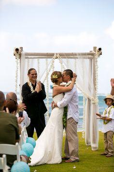 oahu wedding photography, chris holt photography, wedding, love, beach, north shore, hawaii, loulu palm estate, private estate by Chris Holt Photography | www.chris-holt.com