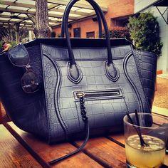 celine purse Celine Luggage 5f4f290966c2a