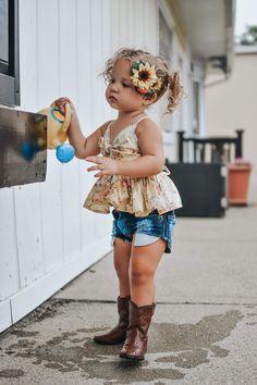 Baby Fashion Girl Boho 48 Ideas For 2019 Little Girl Outfits, Toddler Girl Outfits, Kids Outfits, Girl Toddler, Baby Outfits, Baby Girl Fashion, Toddler Fashion, Kids Fashion, Fashion Fall