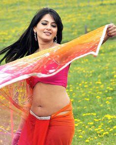 South Actress Anushka Shetty Hottest Photos In Saree Anushka Shetty is an Indian Film Actress. Anushka Shetty Saree, Deepika Padukone, Anushka Sharma, South Actress, South Indian Actress, Hottest Pic, Hottest Photos, Indian Film Actress, Indian Actresses