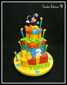mickey cake tyrese - claudia behrens