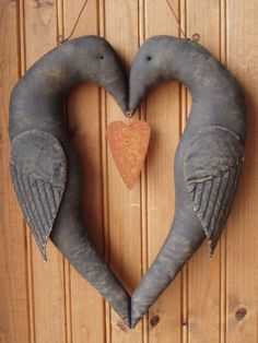 Prim Crow Heart for Valentines. From: Beehive Cottage - Folk Art Dolls