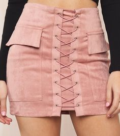 😜😻 There's a high risk you'll be the talk of the night with this very on-trend lace-up mini! Skirt Outfits, Cool Outfits, Casual Outfits, Casual Dresses, Blouse And Skirt, Dress Skirt, Fashion Details, Fashion Design, Short Skirts