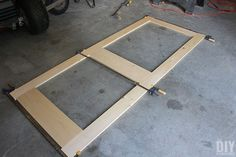 Building a screen door is a great DIY project that will add beautiful character to your home. Learn how to build a screen door with this tutorial. Front Door With Screen, Wood Screen Door, Mesh Screen, Screened Porch Doors, Front Porches, Custom Screen Doors, Building A Door, Diy Home Repair, Do It Yourself Projects