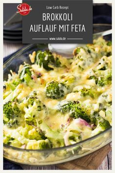 Low Carb Brokkoli-Käse-Gratin - essenCheese and broccoli always fit. If you add feta and put it all in the oven, you get a vegetarian low carb broccoli feta casserole. Try it out and tell us how to find the broccoli feta casserole. Slow Cooker Recipes, Low Carb Recipes, Diet Recipes, Vegetarian Recipes, Healthy Recipes, Sausage Recipes, Smoothie Recipes, Healthy Food, Broccoli Gratin