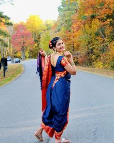 Marathi Saree, Bengali Bridal Makeup, Nauvari Saree, Saree Photoshoot, Vera Bradley Backpack, Sari, Fashion, Saree, Moda