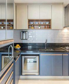 Modern Kitchen Interiors, Home Decor Kitchen, Home Kitchens, Kitchen Cabinet Design, Interior Design Kitchen, Kitchen Cabinets, Small U Shaped Kitchens, Kitchen Modular, Mini Kitchen