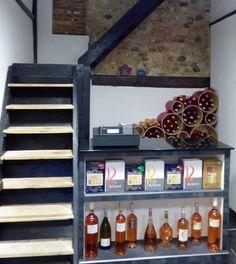 Arredamento #design Esigo per #enoteca con porta #bottiglie #vino in ...