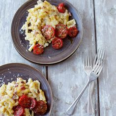 Macaroni cheese with grilled tomatoes. For the full recipe, click the picture or visit RedOnline.co.uk
