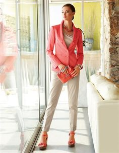 Blazer, Bracelet, Wedge sandals, Bag, Trousers, Knitted shirt