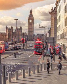 Sunny afternoon at Big Ben ~ London, United Kingdom Photo: London City, London Eye, Beautiful London, Beautiful Places, Big Ben, Places To Travel, Places To Visit, London Landmarks, Voyage Europe
