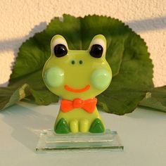 Fused Glass green and orange Frog glass frog Glass Souvenir