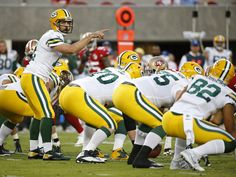 Slowing Green Bay QB Aaron Rodgers? It starts before the snap for Jaguars