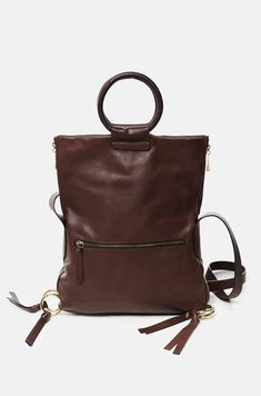 6f86e820c Bolso de piel bovina artesanal que puede ser usada tanto por su correa de  hombro como